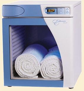 2.5 Cubic FT Capacity Blanket Warmer w/ Glass Door