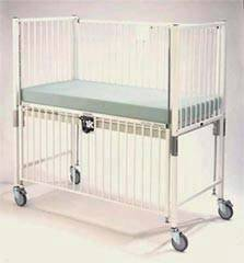 Trendelenburg Infant Crib