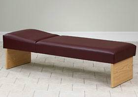 Recovery Couch with Panel Legs 27in W