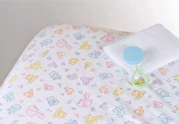 Colorful Print Woven Crib Sheets 24  x 38