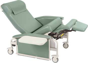 XL Dual Drop-Arm Care Cliner